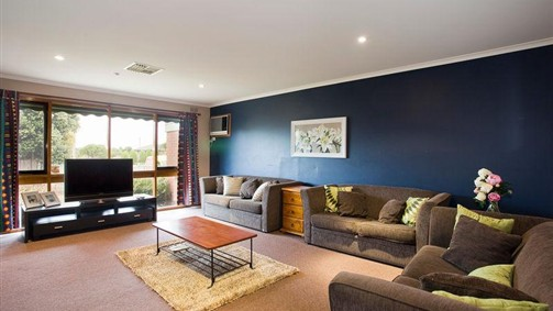 Raydon Court - Accommodation Sunshine Coast