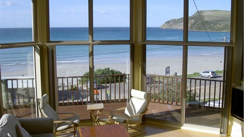 Abalone Beach House - Accommodation Sunshine Coast
