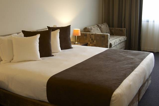 Quality Hotel Tabcorp Park - Accommodation Sunshine Coast