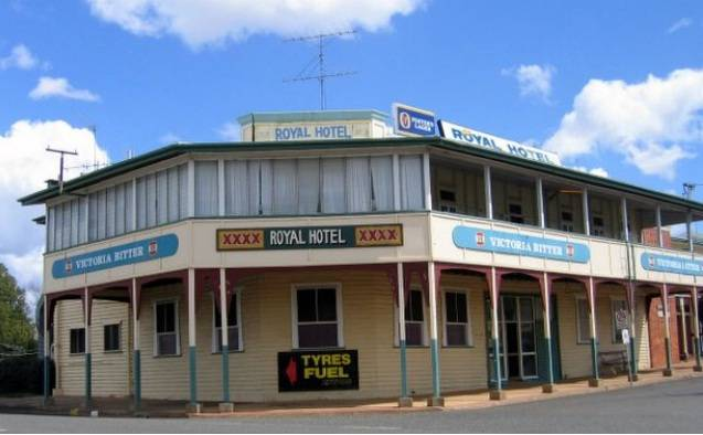 Royal Hotel Mundubbera - Accommodation Sunshine Coast