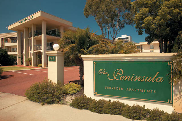 The Peninsula - Riverside Serviced Apartments - Accommodation Sunshine Coast