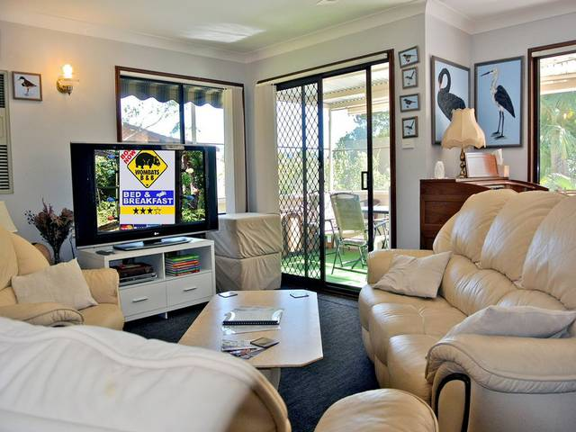 WOMBATS BB - Apartments - AAA 3.5 rated Gosford - Accommodation Sunshine Coast