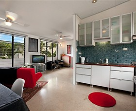 Beachside Tropical Retreat - Accommodation Sunshine Coast
