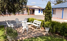 Colonial Motel and Apartments - Accommodation Sunshine Coast
