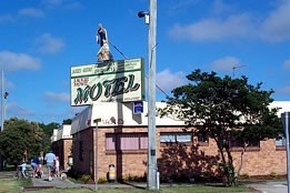 Jackie Howe Motel - Accommodation Sunshine Coast