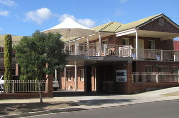 Golf Links Motel - Accommodation Sunshine Coast