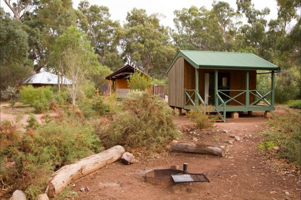 Alligator Lodge - Mount Remarkable National Park - Accommodation Sunshine Coast