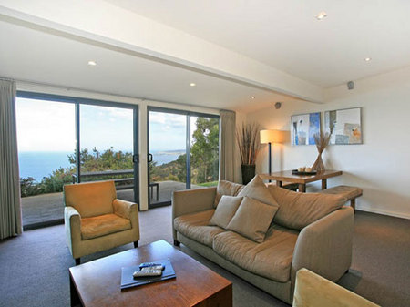 Beacon Point Ocean View Villas - Accommodation Sunshine Coast