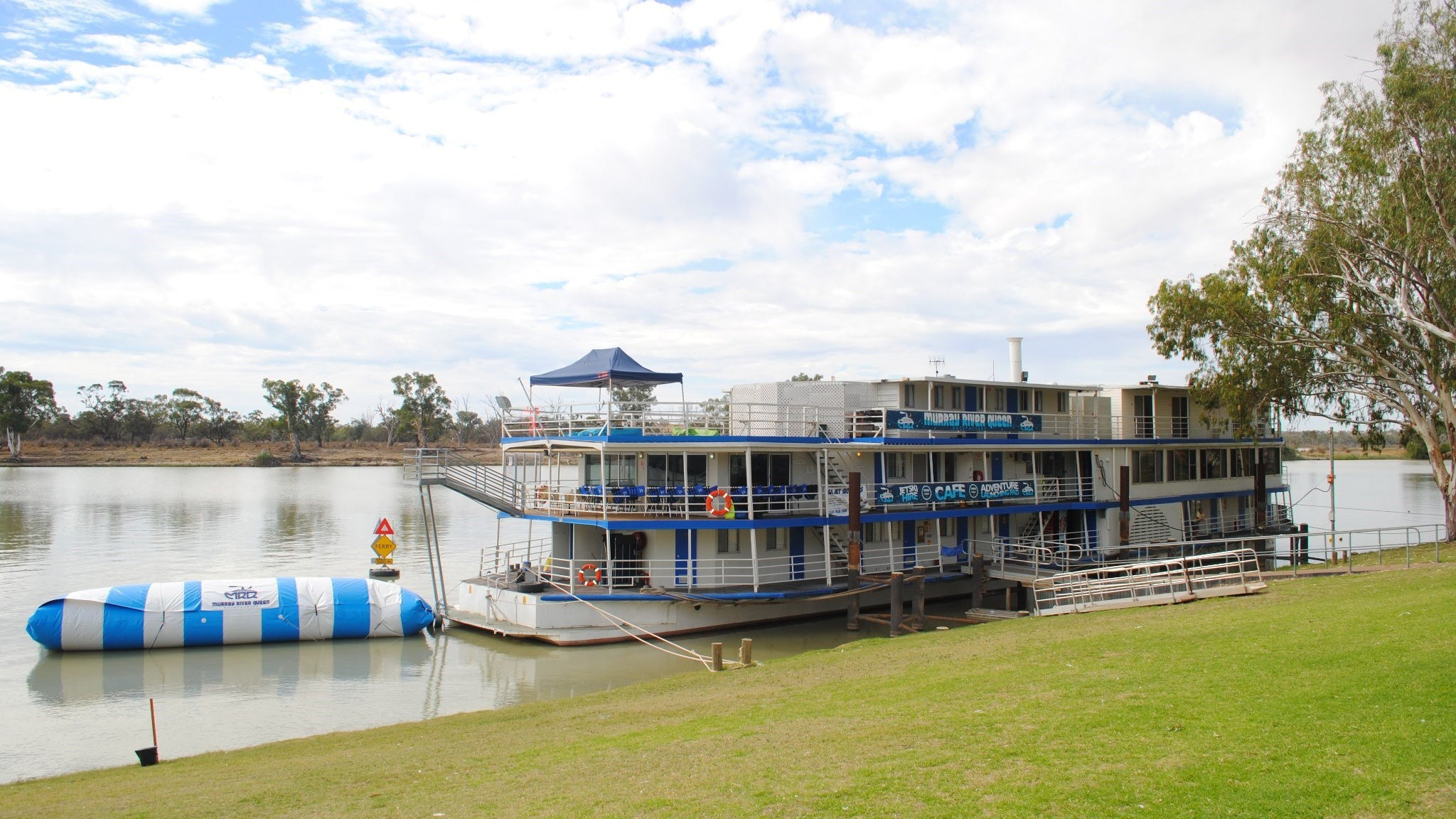 Murray River Queen Backpackers - Accommodation Sunshine Coast