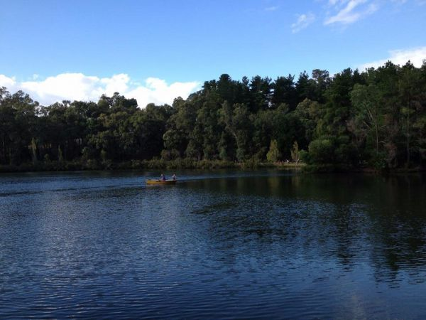 Lakeside Country Resort - Accommodation Sunshine Coast