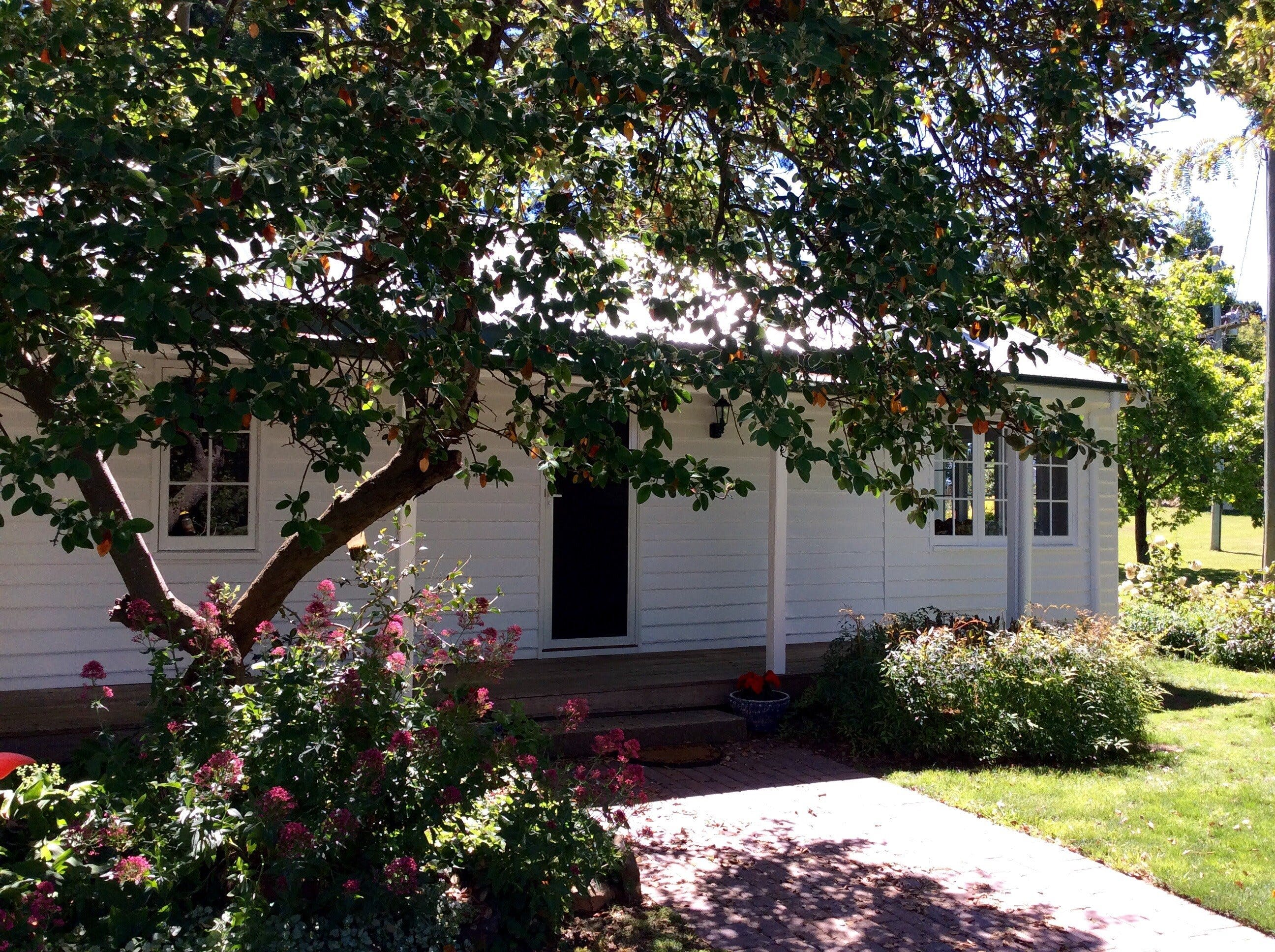 Cairnie Country Cottage - Accommodation Sunshine Coast