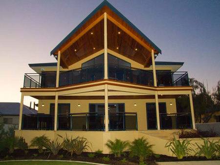 Nautica Lodge - Accommodation Sunshine Coast