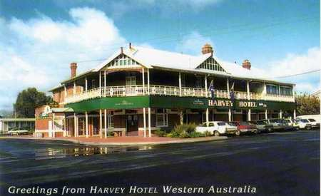 Harvey Hotel - Accommodation Sunshine Coast
