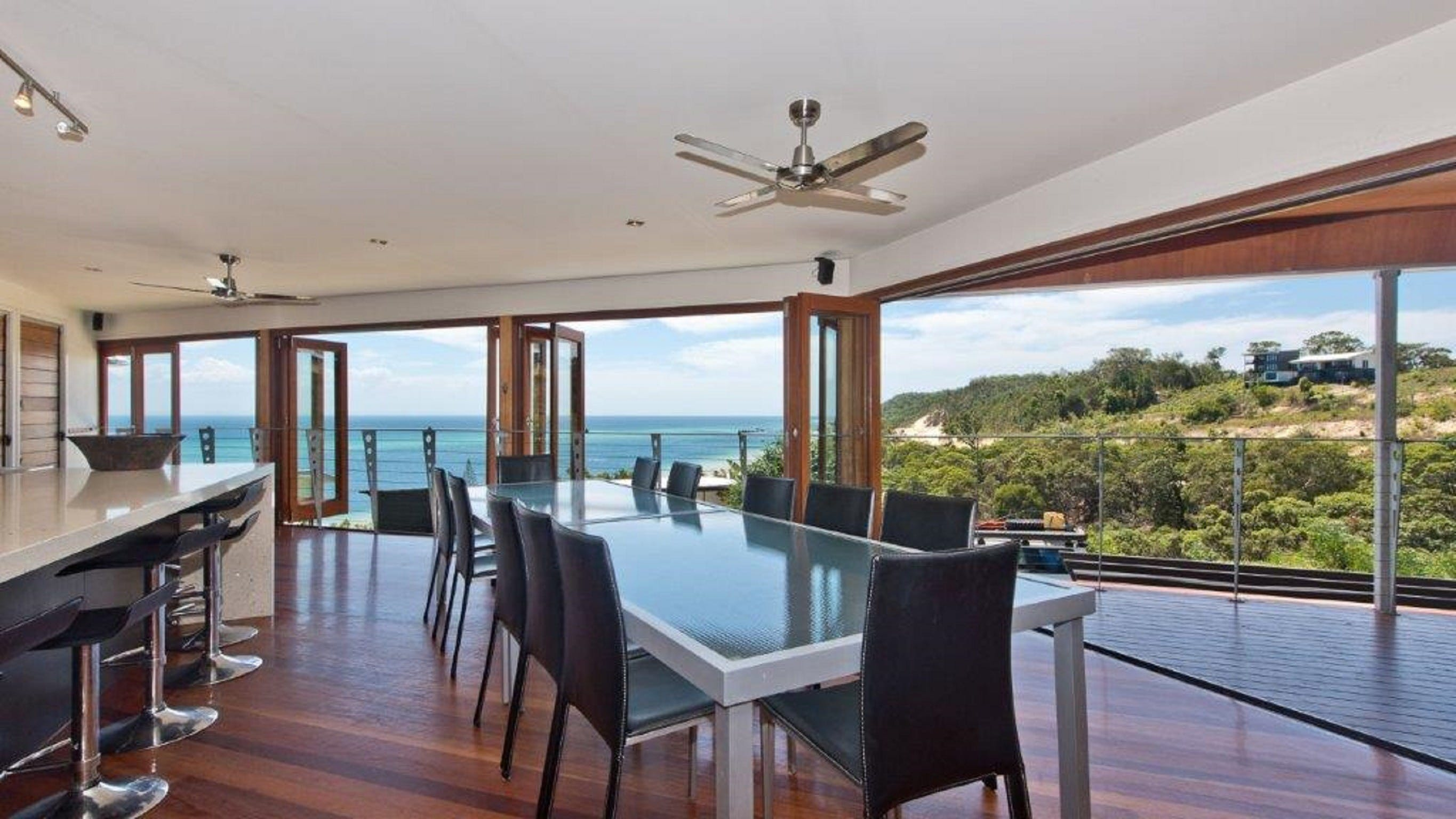 Tangalooma Hilltop Haven - Accommodation Sunshine Coast