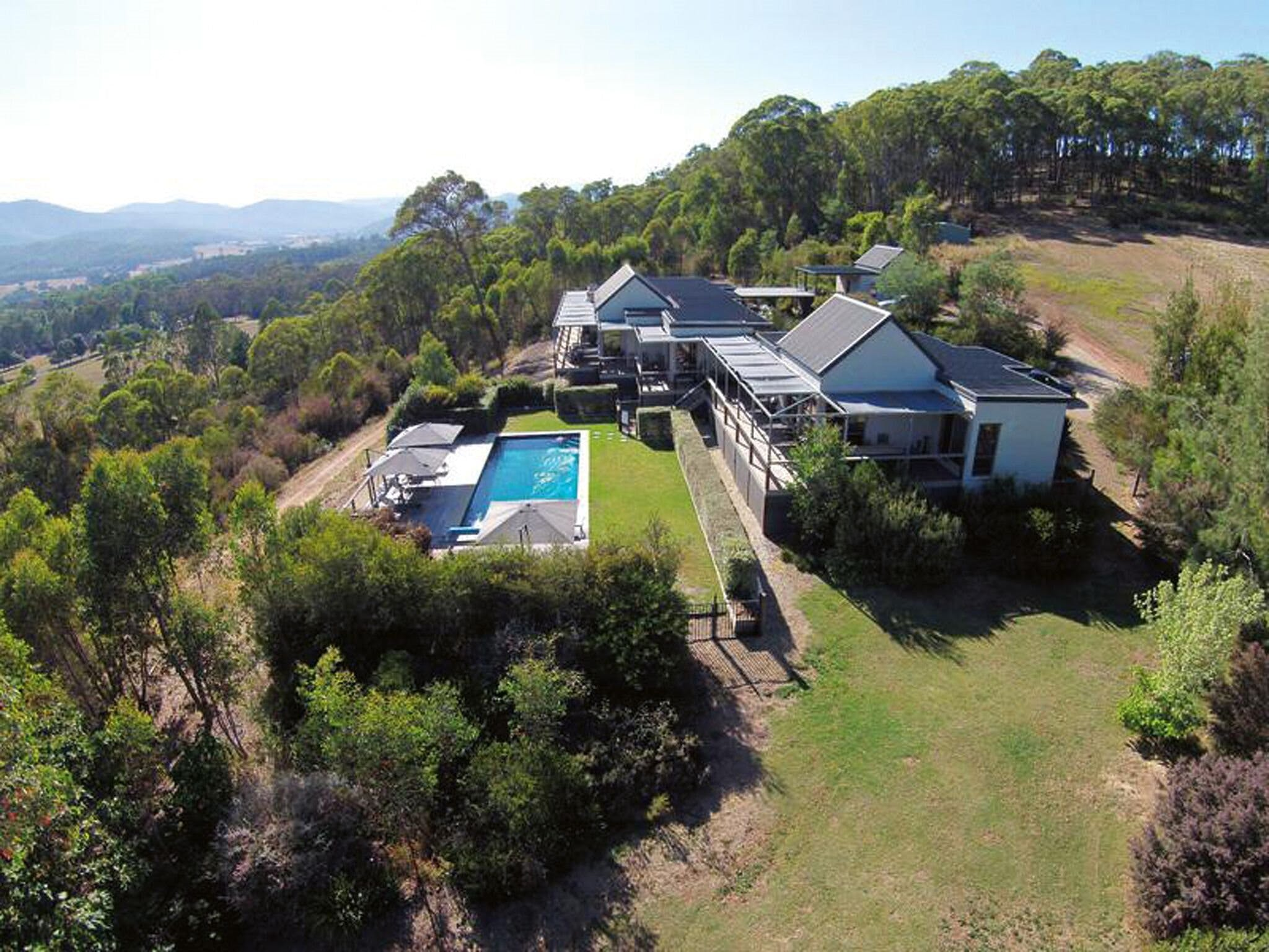 215 Mt Buffalo Retreat - Accommodation Sunshine Coast