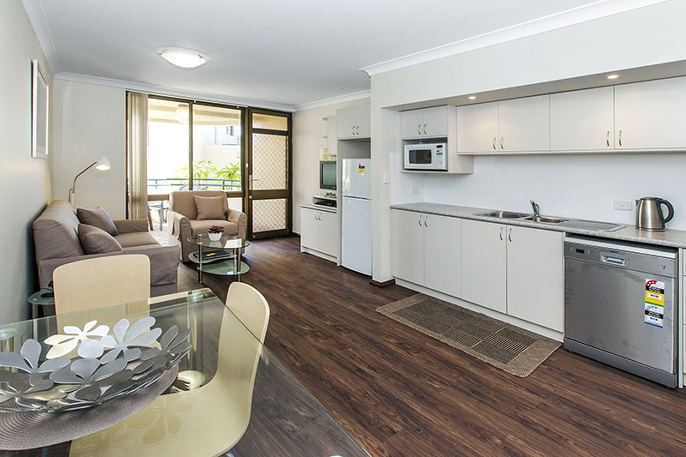 Silver Sands Resort - Accommodation Sunshine Coast