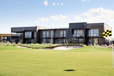 Golf Retreats Torquay - Accommodation Sunshine Coast