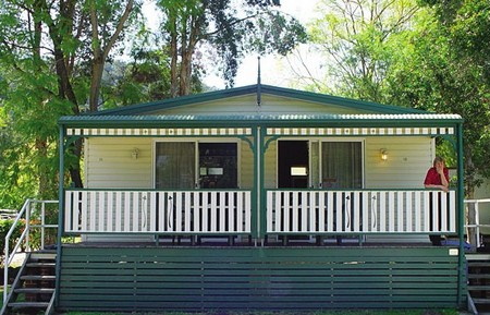 Del Rio Riverside Resort - Accommodation Sunshine Coast