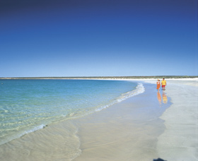 Gnaraloo - Accommodation Sunshine Coast