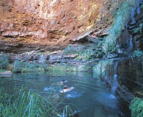 Dales Gorge and Circular Pool - Accommodation Sunshine Coast