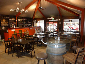 Terra Rossa Wine Club - Accommodation Sunshine Coast