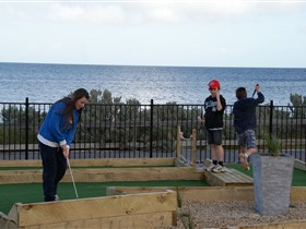 Port Vincent Putt Putt - Accommodation Sunshine Coast