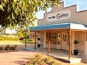 Peter Franz Fine Art Gallery - Accommodation Sunshine Coast