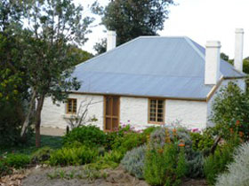 dingley dell cottage - Accommodation Sunshine Coast