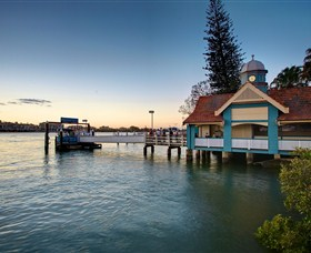Oxford Street Bulimba - Accommodation Sunshine Coast