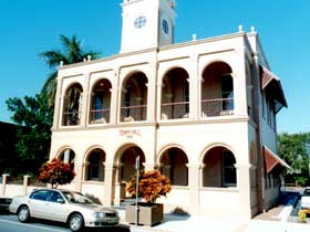 Mackay Town Hall - Accommodation Sunshine Coast