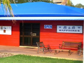 M and M Sapphires - Accommodation Sunshine Coast