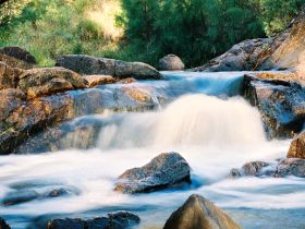Crows Nest Falls - Accommodation Sunshine Coast