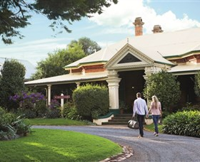 Historical Walk Through Russell Street - Accommodation Sunshine Coast