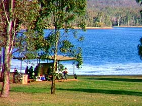 Bjelke-Petersen Dam - Accommodation Sunshine Coast