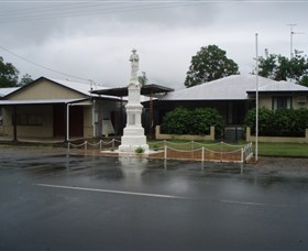 Finch Hatton War Memorial - Accommodation Sunshine Coast