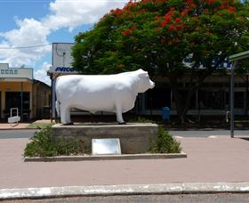 Aramac - The White Bull - Accommodation Sunshine Coast