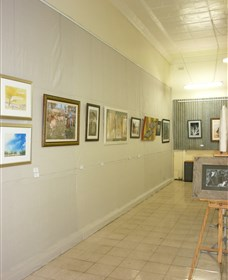 Outback Arts Gallery - Accommodation Sunshine Coast