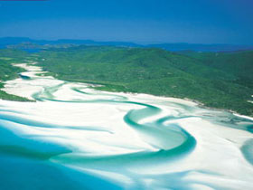 Whitehaven Beach - Accommodation Sunshine Coast