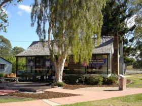 Hay Cottage Arts and Crafts Association Incorporated - Accommodation Sunshine Coast