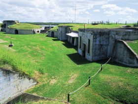 Fort Lytton