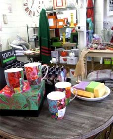 The Famous Tinonee Cafe and Gift Shop - Accommodation Sunshine Coast