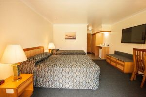 Comfort Inn Bay of Isles - Accommodation Sunshine Coast