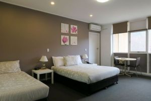 Lyndoch Hill - Accommodation Sunshine Coast