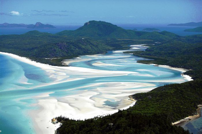 Whitsunday Peak - Accommodation Sunshine Coast