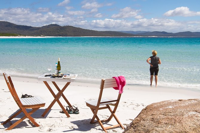 4x4 and Lunch Full Day Freycinet and Wineglass Bay - Accommodation Sunshine Coast