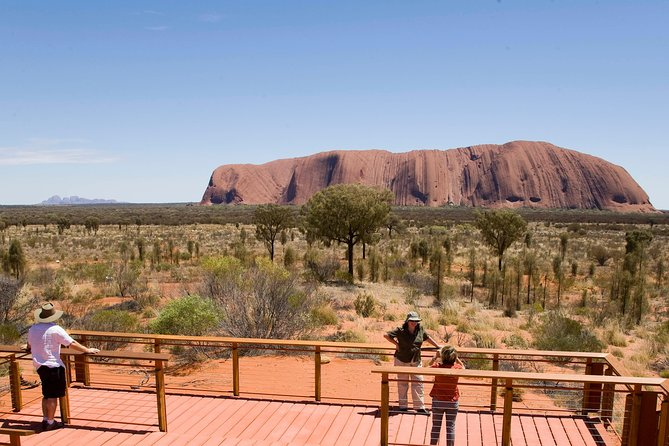 Uluru Small Group Tour including Sunset - Accommodation Sunshine Coast