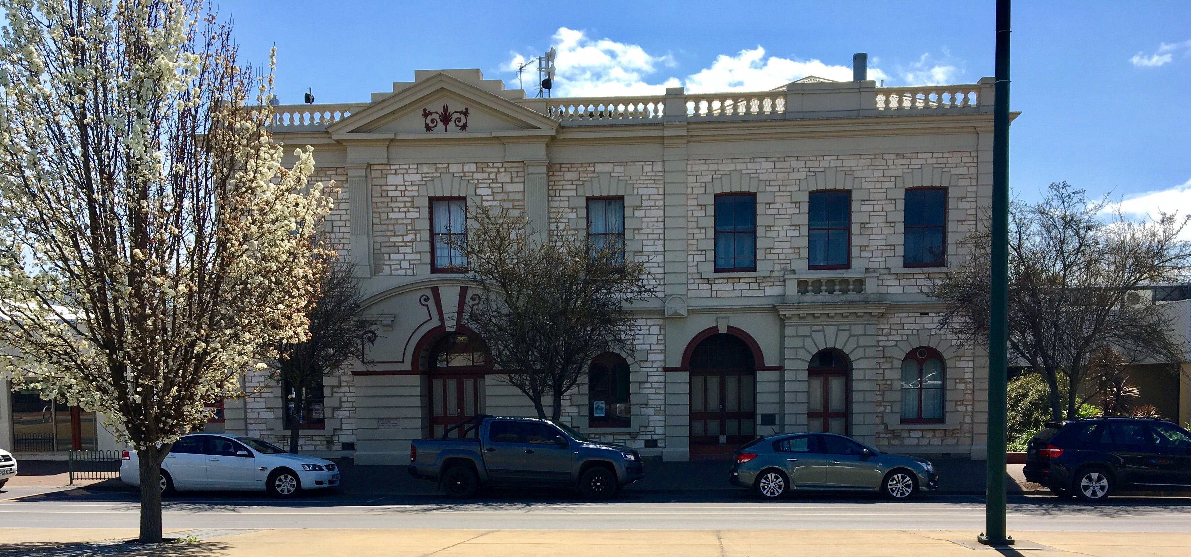 Naracoorte Town Hall - Accommodation Sunshine Coast