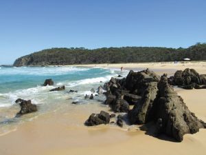 Armands Beach - Accommodation Sunshine Coast