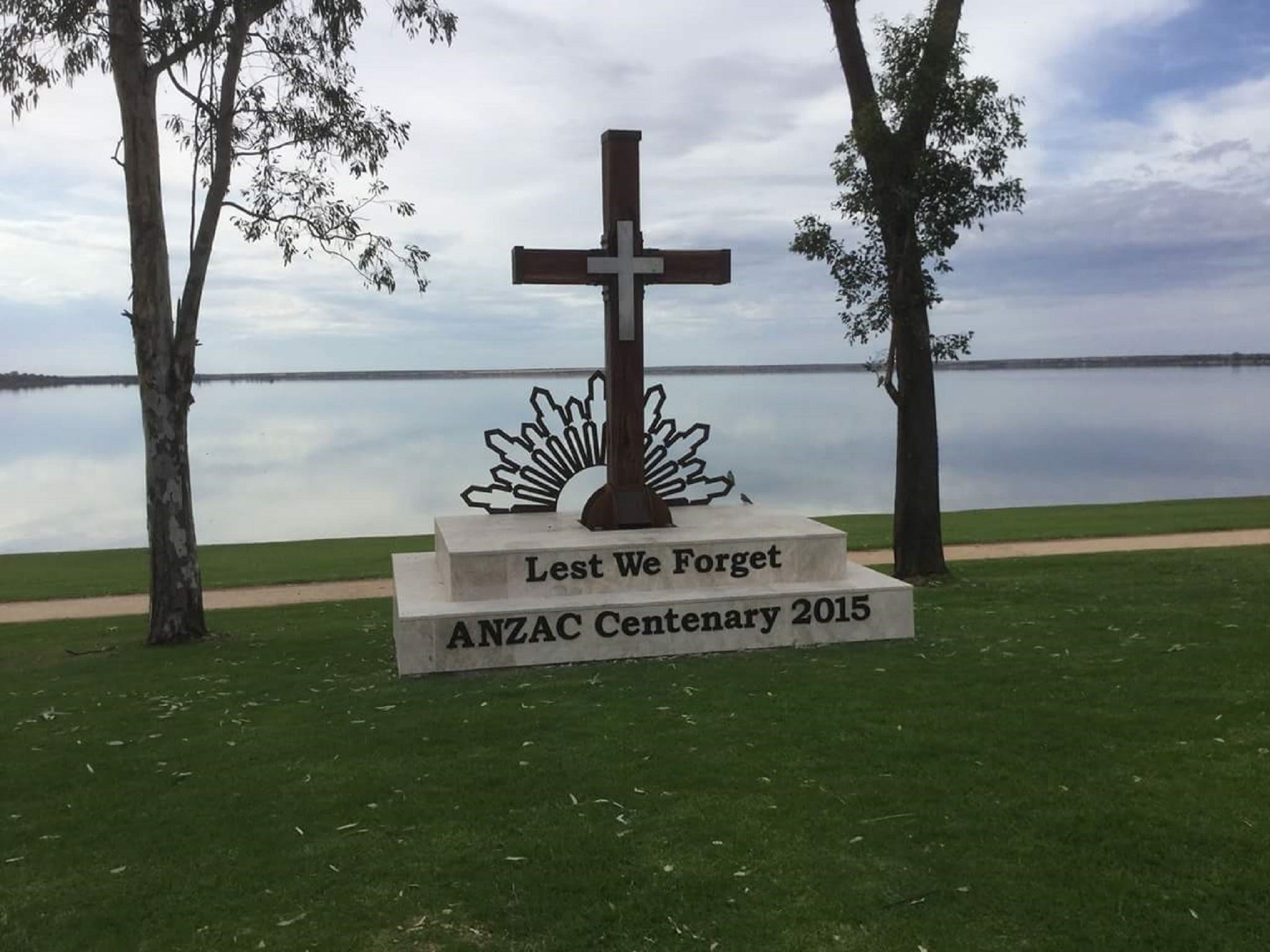 Anzac Centenary Cross - Accommodation Sunshine Coast