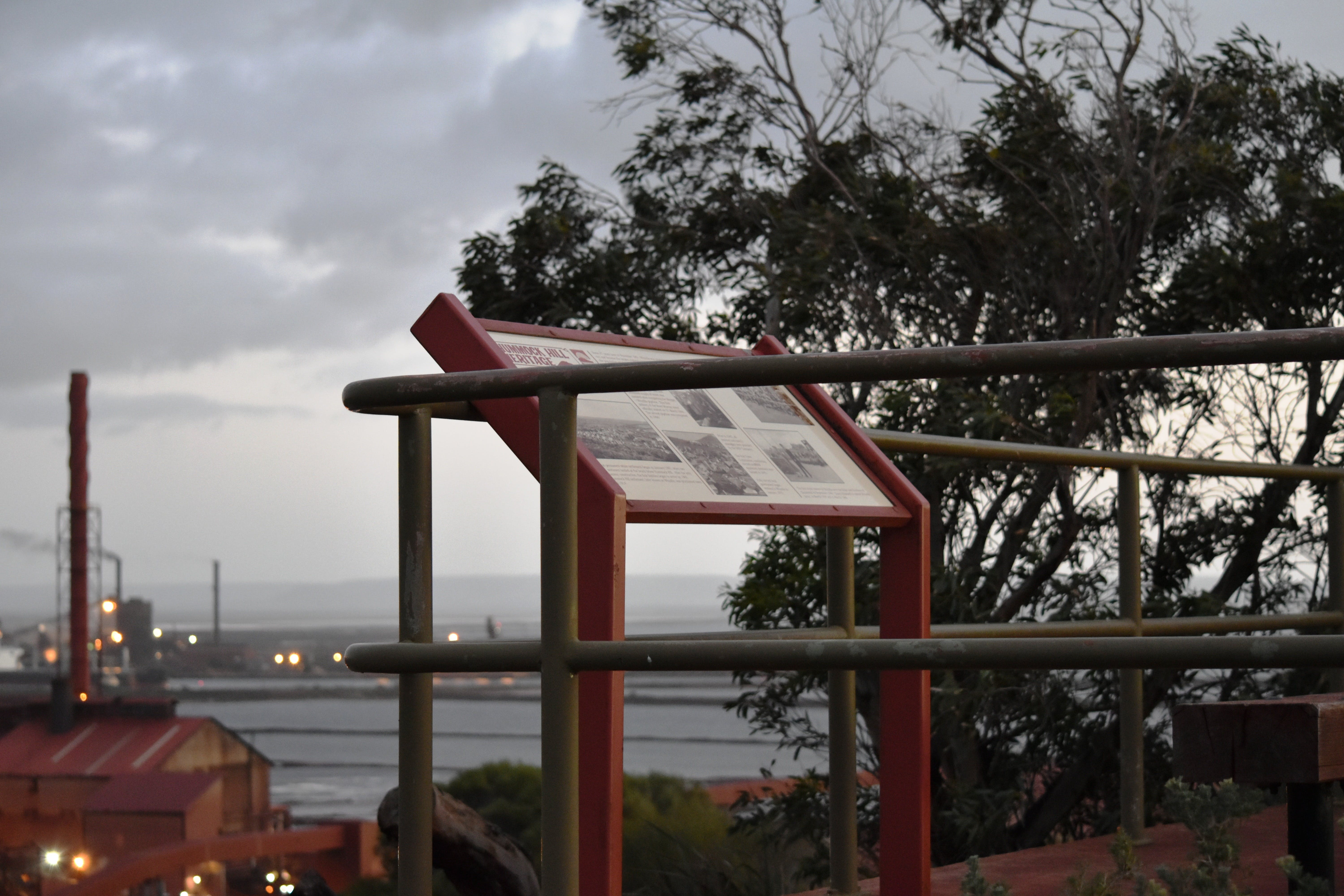 Hummock Hill Lookout - Accommodation Sunshine Coast
